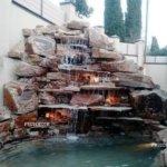 Водопад из природнго кмня в спб